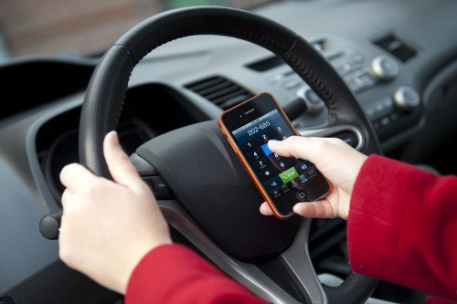 Auto Outlook: April is National Distracted Driving Awareness Month