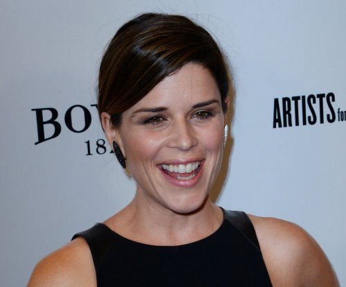 Neve Campbell to star on 'House of Cards' season 4