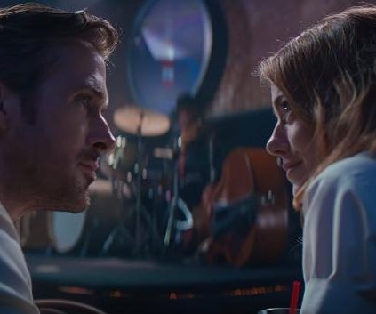 Ryan Gosling sings to Emma Stone in first 'La La Land' trailer