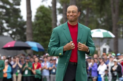 NFL players react to Tiger Woods' fifth Masters win