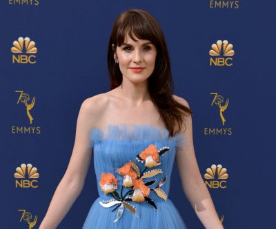 Michelle Dockery, Jimmy Fallon play 'How Dare You!' on 'Tonight Show'