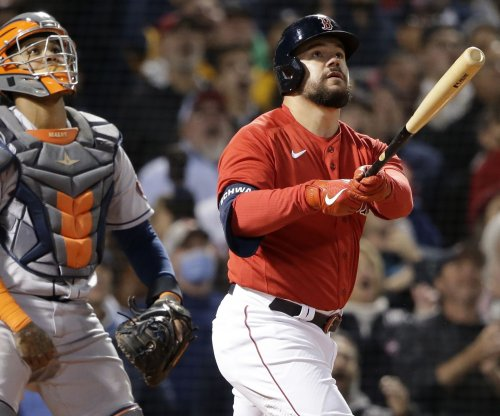 MLB playoffs: Schwarber slams Red Sox past Astros, to 2-1 ALCS lead