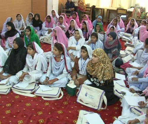 Teen girls in Pakistan fight back against early marriage