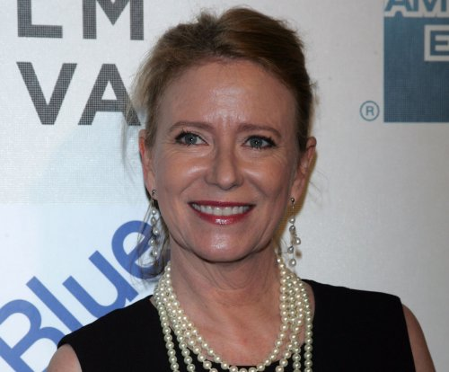 'Brady Bunch' actress Eve Plumb sells Malibu house, nets nearly $4M in profit