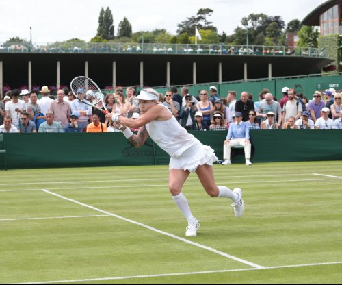 2017 Wimbledon: American Bethanie Mattek-Sands suffers horrific knee injury