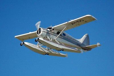 2 dead in Alaska's second floatplane crash in a week