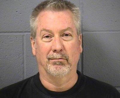 Judge avoids mistrial in Peterson case