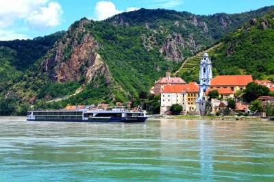 Europe's river cruises on a roll