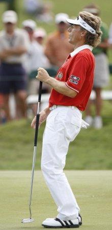 Langer wins senior golf by six strokes