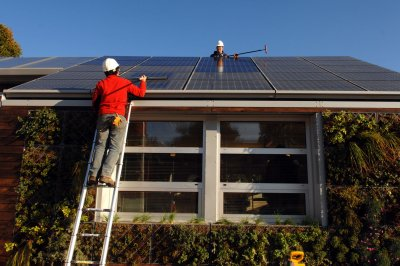 Small-scale solar power growing in the United States