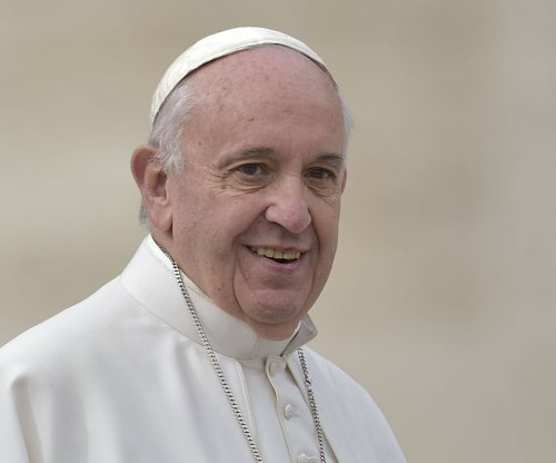 Pope Francis enroute to Cuba for meeting with Orthodox Patriarch Kirill