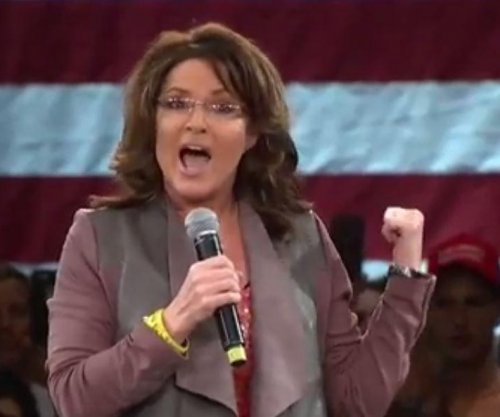 Sarah Palin cancels Trump event after husband's accident, slams protests as 'thuggery'