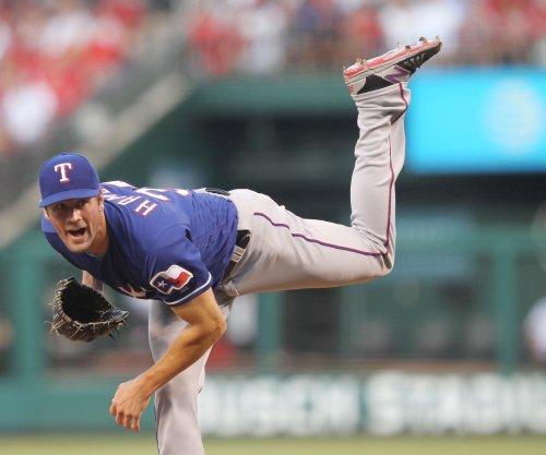 Cole Hamels, Texas Rangers shut down St. Louis Cardinals