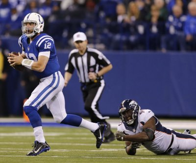 Indianapolis Colts QB Andrew Luck proclaims himself 100 percent healthy