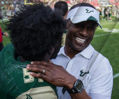 Oregon Ducks hire Harbaugh disciple Willie Taggart as head coach