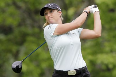 LPGA: Cristie Kerr bounces back to grab second-round lead in Scotland