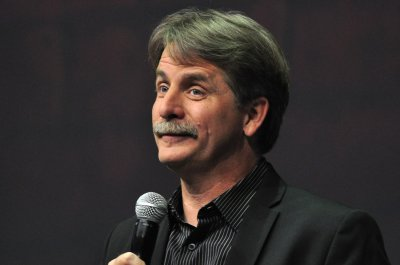 Jeff Foxworthy, 'SNL' alums to perform at Lucille Ball Comedy Festival