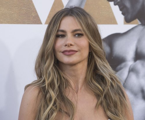 Sofia Vergara faces anti-abortion protesters at movie premiere
