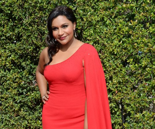 Mindy Kaling says she'd make out with Donald Trump