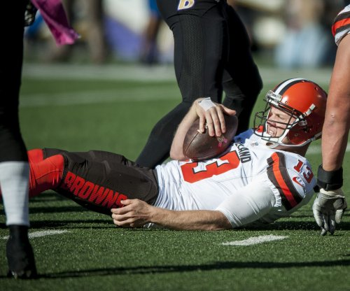 Dallas Cowboys' 'mutual interest' in Josh McCown could be 'factor' for Tony Romo