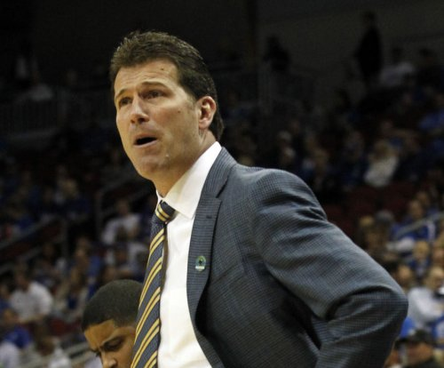 Steve Alford '100 percent' no on Indiana return