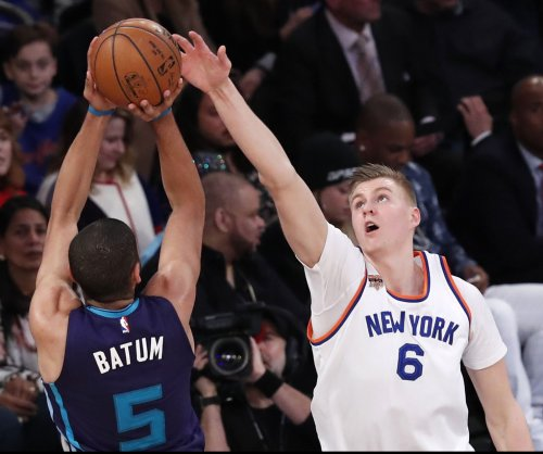 Charlotte Hornets star has baby assist 3-pointer