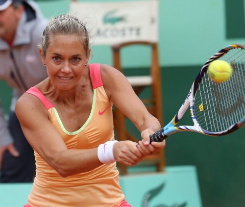 Zakopalova, Pavlyuchenkova win in WTA stop in Paris