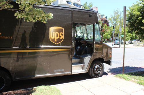 Leaked photos show Oklahoma City UPS driver having sex in truck