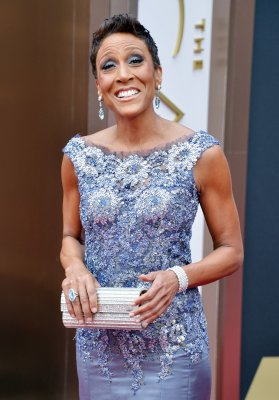 Robin Roberts to christen new Goodyear blimp in Ohio next month