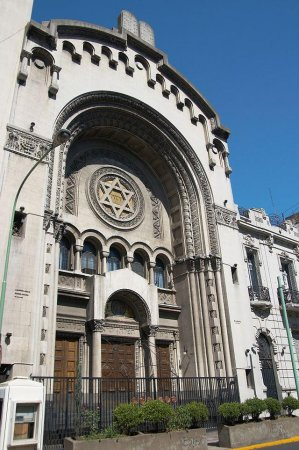 Police stop attack on Buenos Aires Jewish center