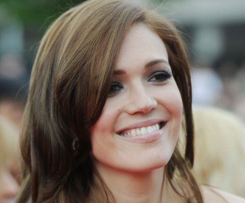 Mandy Moore and Ryan Adams are divorcing