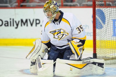 Nashville Predators G Pekka Rinne blanks Chicago Blackhawks for upset win in Game 1