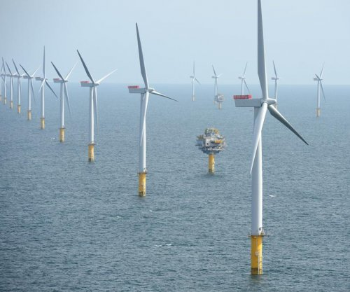 Norway's Statoil reshapes control of giant wind farm off the British coast