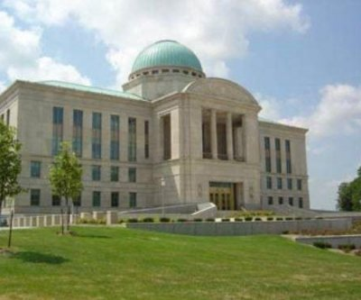 Iowa courts reinterprets 'stand your ground' law in reversing murder conviction