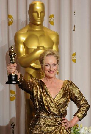 Streep wins third Oscar for 'Iron Lady'
