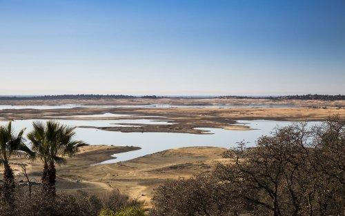 California officials developing drought battle plan