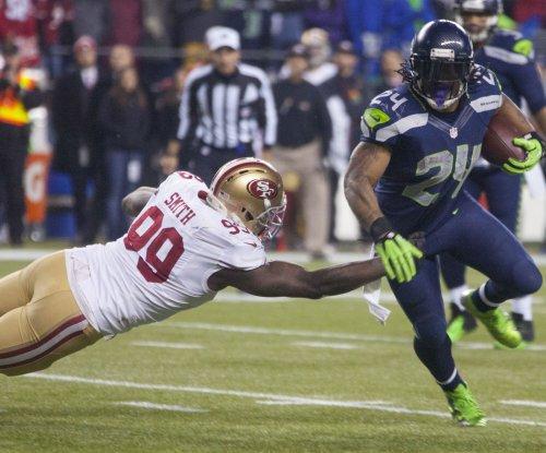 49ers DT Glenn Dorsey injures knee