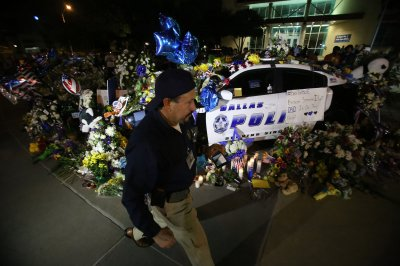 Police: Dallas shooter wrote letters on wall in his own blood