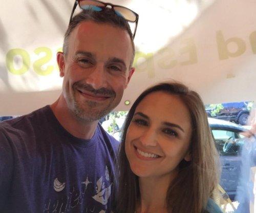'She's All That': Freddie Prinze, Jr., Rachael Leigh Cook reunite