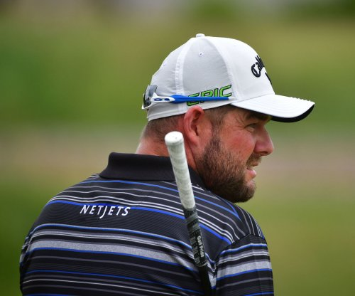 BMW Championship: Marc Leishman increases lead to five shots