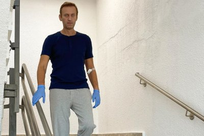 EU sanctions 6 in Russian government for Alexei Navalny poisoning