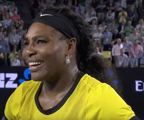 Serena Williams reaches Australian final in straight sets