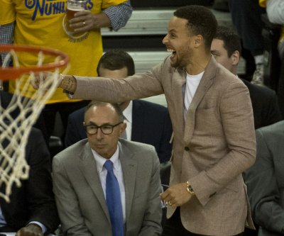 Stephen Curry ruled out of Sunday's game, unsure for Tuesday