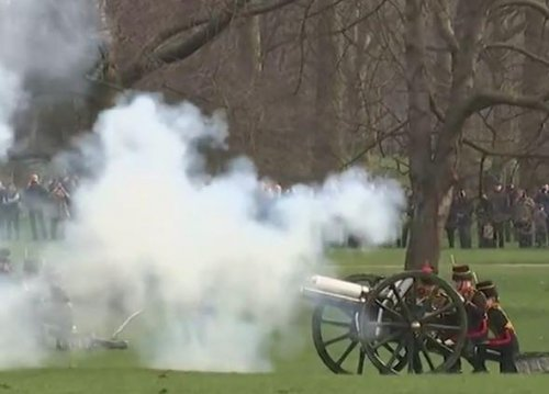 Gun salutes mark Queen Elizabeth's 65 years on the throne