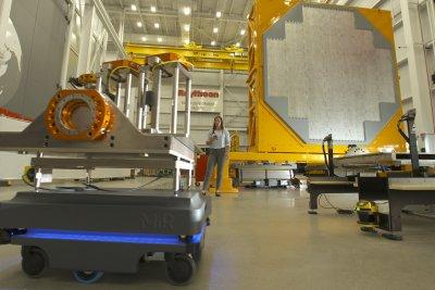 Raytheon awarded $114M for AN/SPY-6(V) radar integration, production