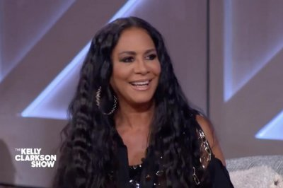 Sheila E. recalls meeting Prince for the first time backstage