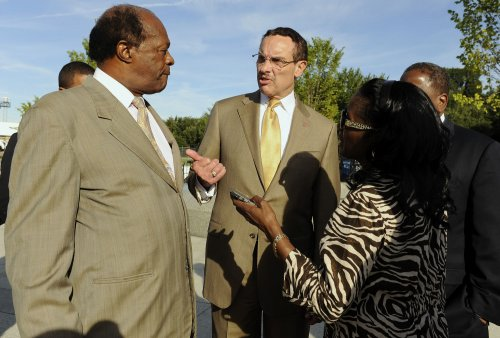 Washington's Barry seeks 3rd council term
