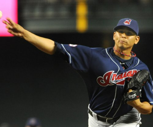 Cleveland Indians pitcher hit in face by line drive