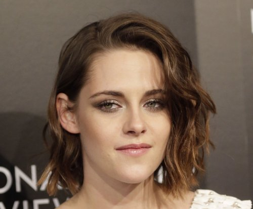 Kristen Stewart splits from girlfriend SoKo