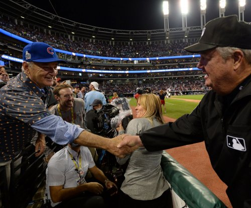Bill Murray gives extra World Series ticket to random fan